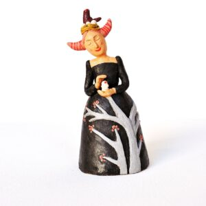statuina donnina nera